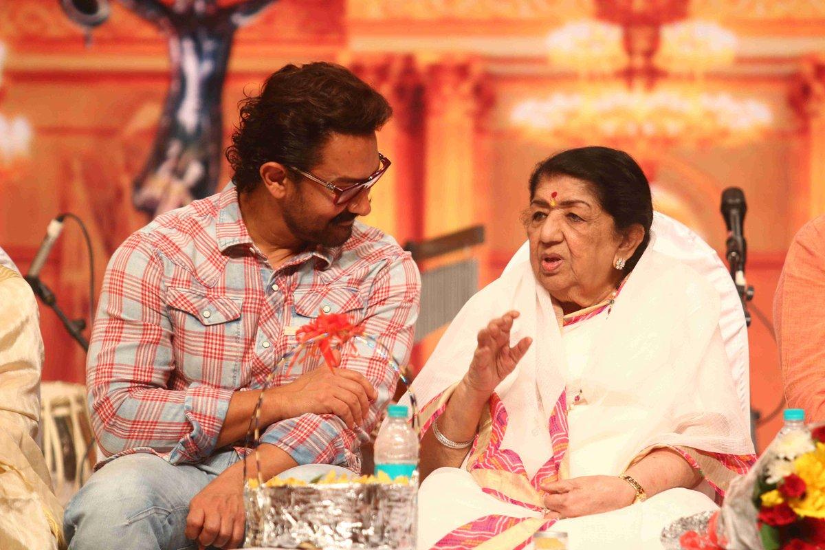 Aamir Khan and Lata Mangeshwar