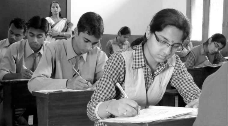 Class 12 CBSE exam result 2017 will declared today at  www.cbse.nic.in and cbseresults.nic.in