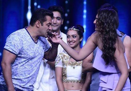 Nach Baliye 8 11th June 2017: Fun with Salman Khan and Elimination