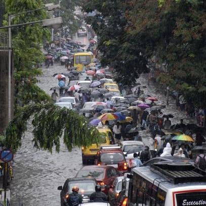 Monsoon Hits India: Reaches Mumbai,Delhi Next!