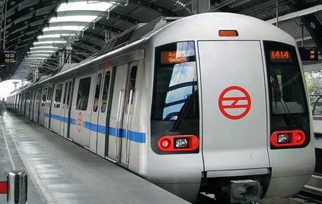 JNU Student Claimed to be Beaten by CISF Personnel at Rajiv Chowk Delhi Metro
