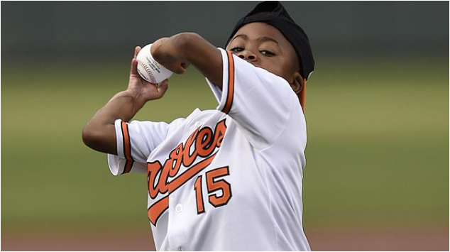 Zion Harvey World's first kid with double hand transplant plays baseball