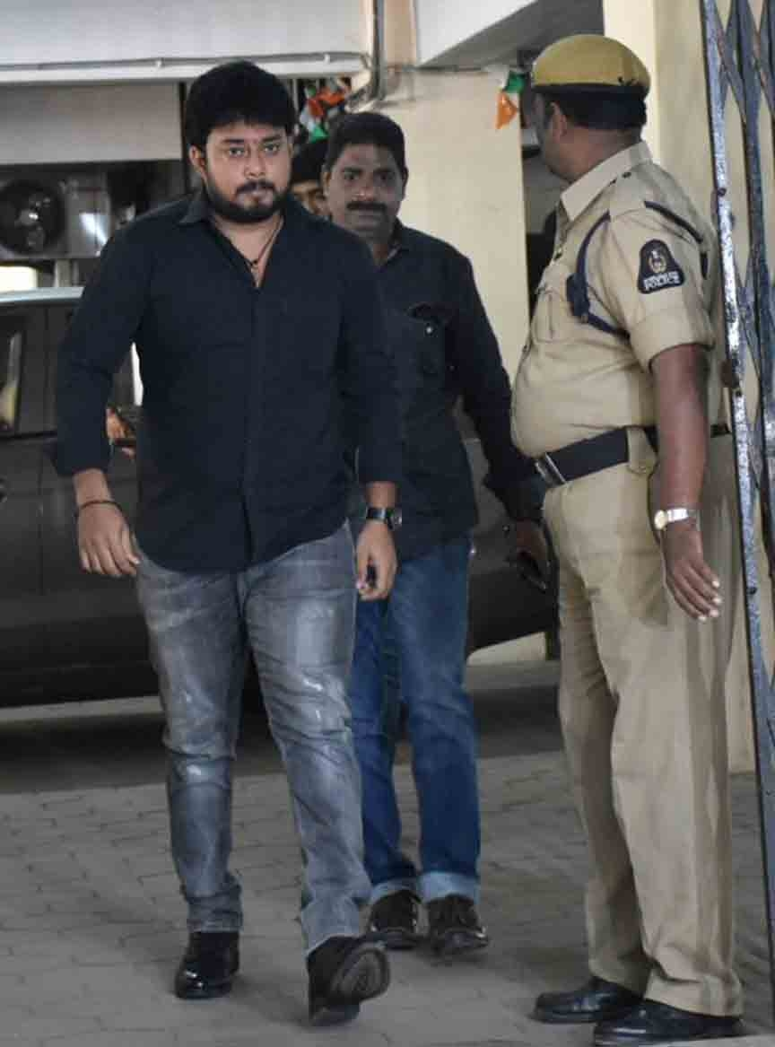 SIT questions Tanish in Tollywood drug case and to question Nandu on Tuesday