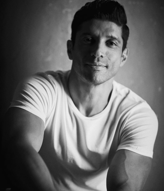 Farhan Akhtar feels privileged on sharing stage with father Javed Akhtar