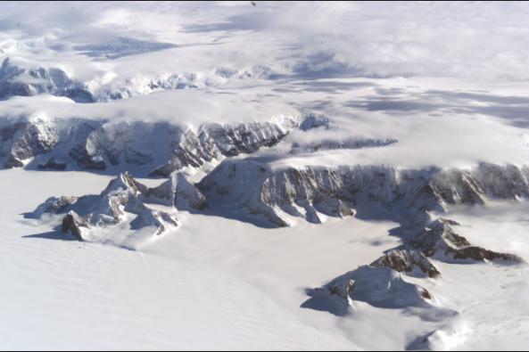 Global Warming effect on environment: Cracks Larsen C ice shelf