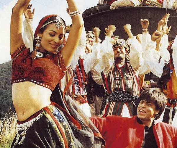 Malaika Arora Khan's first dance number was Dil Se in 1998. Music of the film composed by A.R Rahman became a huge hit worldwide and Chaiyaan Chaiyaan played in every world tour since then. Starring Shahrukh Khan and Directed by Mani Ratnam Dil Se released in Telugu as well. Chaiyaan Chaiyaan gave her the platform that has never been gotten by any dance girl.