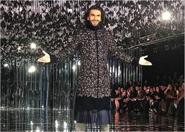 Ranveer Singh walks the ramp for fashion designer Manish Malhotra's show at the India Couture Week. He looks amazing like always in his different look. He paired up with Alia Bhatt for Manish's show ramp walk. He looks amazing in Sherwani.