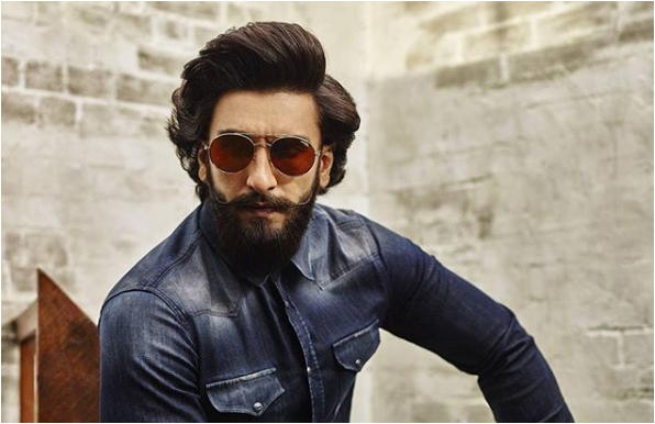 Bollywood's most versatile, attractive and spunkiest actor Ranveer Singh is now busy working with his rumoured girlfriend Deepika Padukone for the upcoming Sanjay Leela Bhansali's movie titled Padmavati. And everyone loves his chemistry with B-Town Diva Deepika Padukone. It was rumoured that both are dating each other from a long time. Ranveer Singh has always come up with something new and attractive that makes his fans crazier. His fearless and hilarious nature makes him look more adorable sometimes.