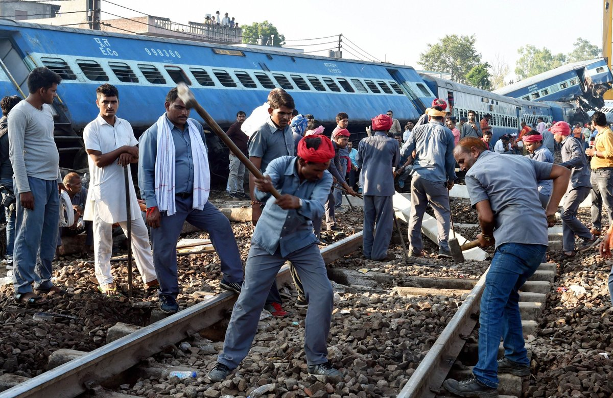 Puri-Haridwar Kalinga Utkal Express derails in UP; at least 10 killed