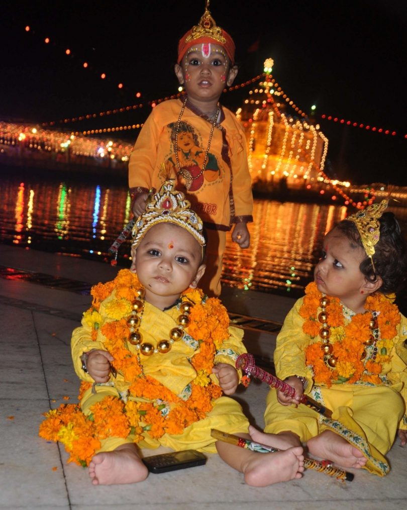 Krishna Janmashtami 2017 : Celebrated in different parts of country unitedly