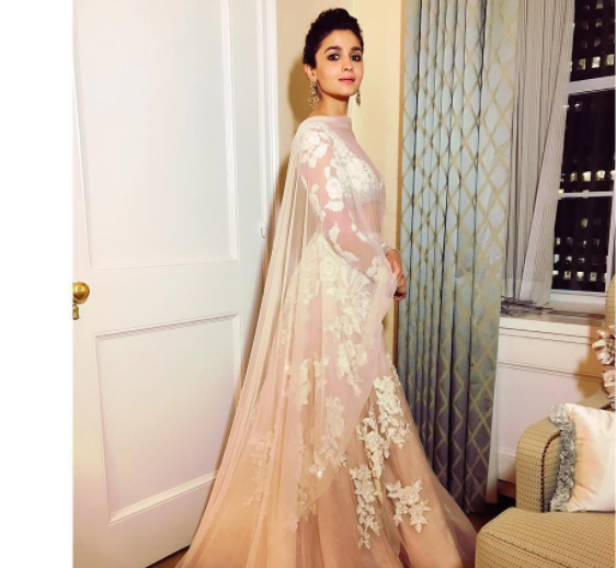 Alia Bhatt, the beautiful bollywood actress made style statement with her elegant yet beautiful earrings which are worth to watch for. Earrings have always been the thing to make statement for along with traditional wear in the picture here of Alia Bhatt.  While it's not possible to list all of them, we take a look at the ones where the beauties sported gorgeous accessories.