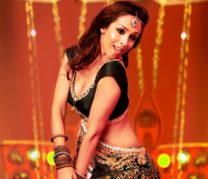 Munni Badnaam was the sensation of 2010. Dabangg became the highest grosser of the year and this song played from party to elections. Munni Badnaam is probably the most loved item number of all time. Arbaaz Khan and Malaika also served in this venture directed by Abhinav Kashyap.