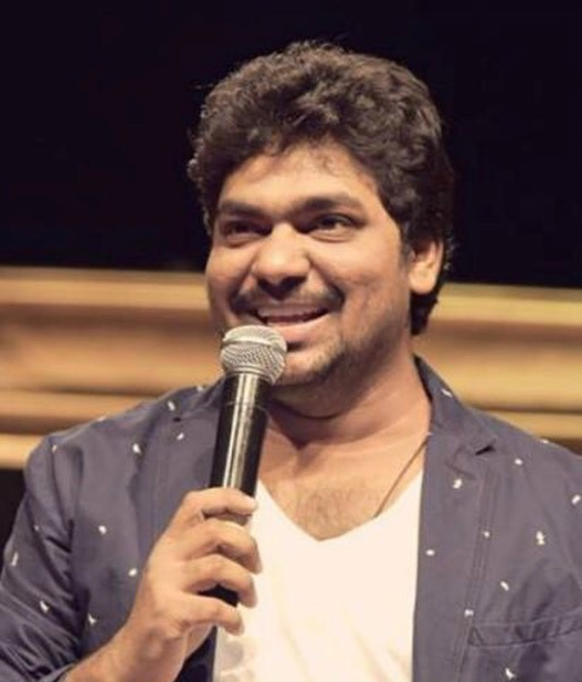 Instant judgment drives Zakir Khan to become a better comedian