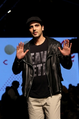 Zayed Khan joins Twitter