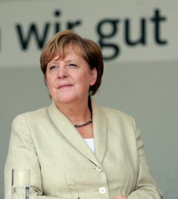 Merkel rejects Schulz demand for second TV duel