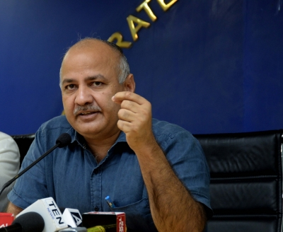 Political support to big private schools helped them evade CBI probe: Sisodia