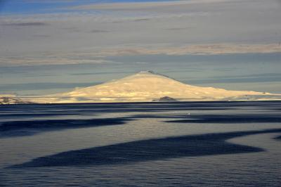 Antarctic volcanic eruptions linked to abrupt climate changes