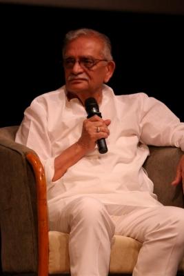 Gulzar brings back memories of Partition in his new book