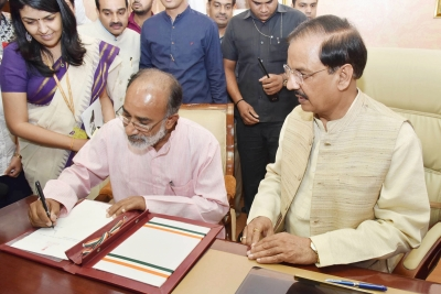 Alphons takes charge of IT Ministry