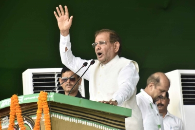 JD-U seeks Sharad Yadav's disqualification from Rajya Sabha