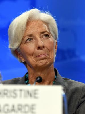 IMF warns of medium-term risk to Chinese economy