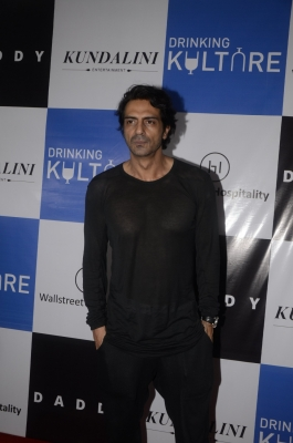 Important to keep a balance in biopics: Arjun Rampal
