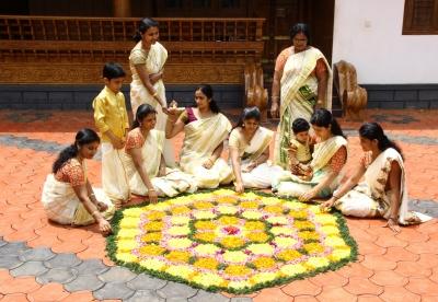 Feasting on Thiru Onam 'sadya' in Kerala