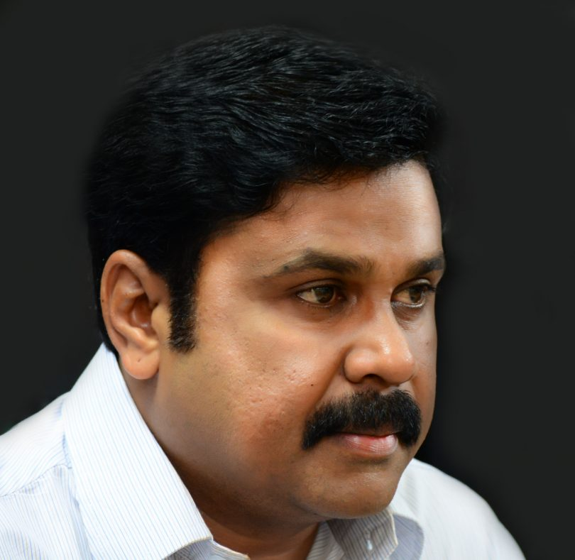 Dileep comes out of Jail; Kavya Madhavan reached Aluva sub-jail to receive him
