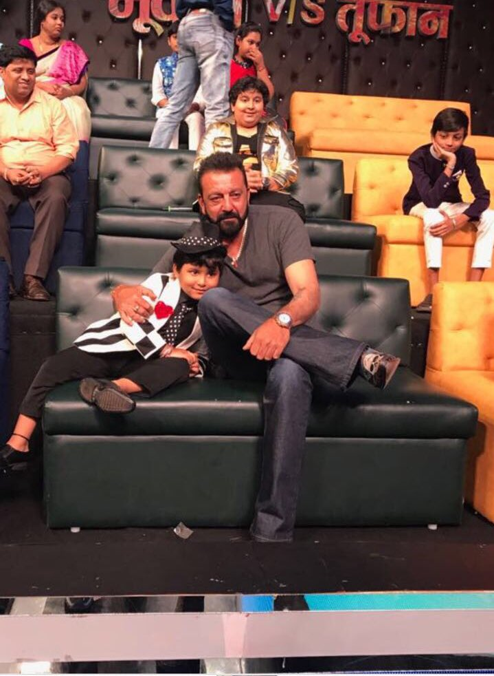 Bhoomi star Sanjay Dutt promote his upcoming film on Sa Re Ga Ma Pa Lil Champs