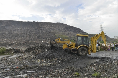 Area which collapsed was just 1% of Ghazipur landfill dump