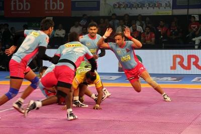 PKL-5: Patna ride Narwal show to thrash Jaipur 47-21