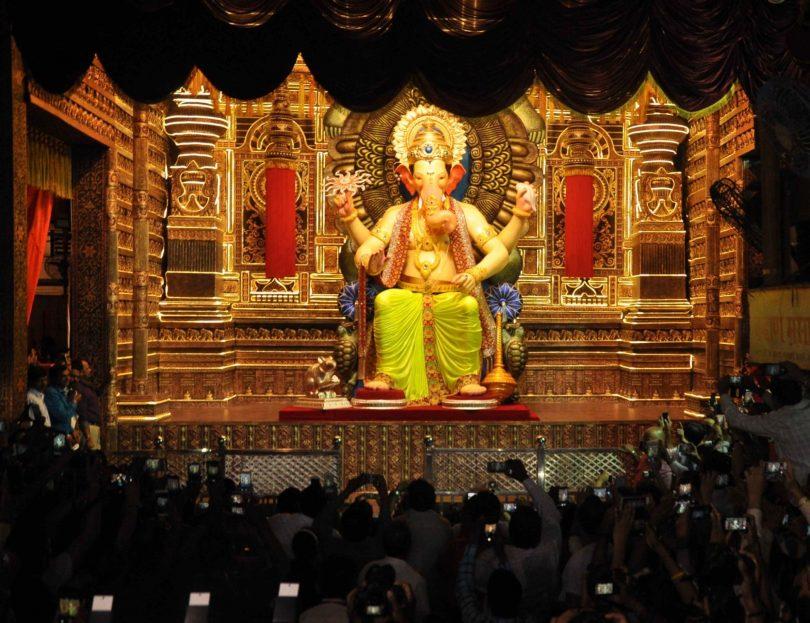 Ganesh visarjan 2017: Devotees bid adieu to their beloved Lord Ganesha