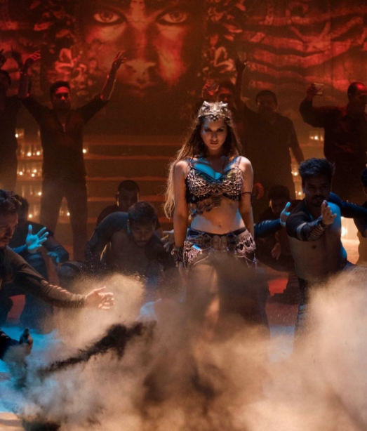 Bhoomi movie song video Trippy Trippy featuring Sunny Leone wins hearts