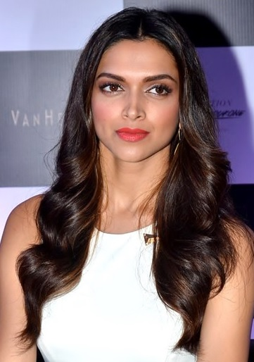 Deepika Padukone reportedly doing a cameo in Aanand L Rai's Dwarf film