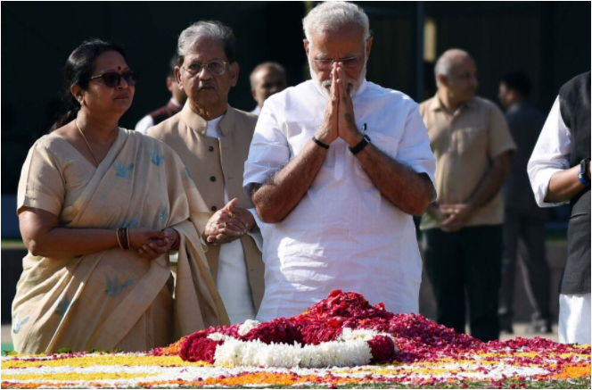 Swachh Bharat Mission mass movement not to politicise says PM Modi