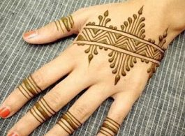 Patterns & Lines Mehndi