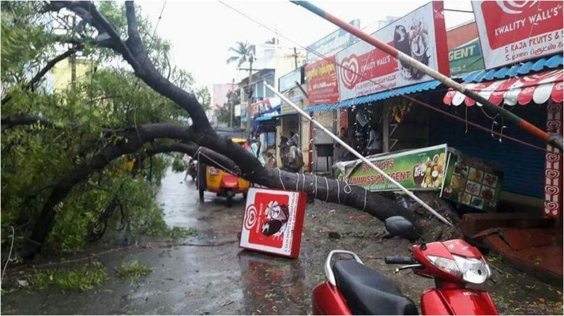 Cyclone Ockhi heads toward Lakshadweep Islands; Heavy downpours in Tamil Nadu