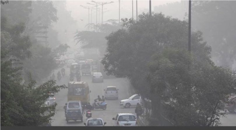 Delhi Pollution Update : EPCA lifts ban on entry of trucks and construction