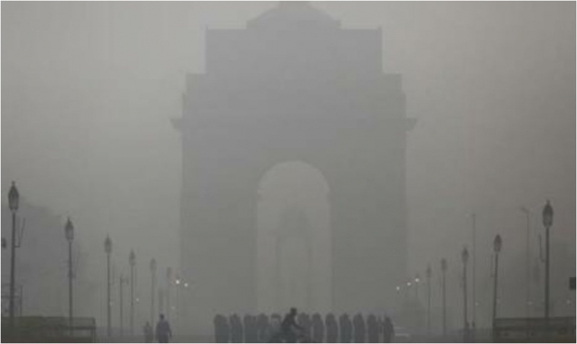 Arvind Kejriwal for Delhi smog blames stubble burning in the adjoining states