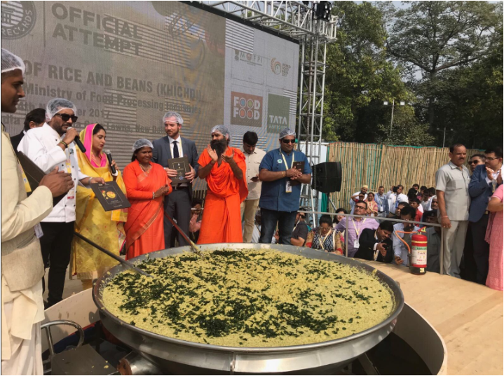 World Food India 2017: Chef Sanjeev Kapoor prepares 800 Kg Khichdi to make world record