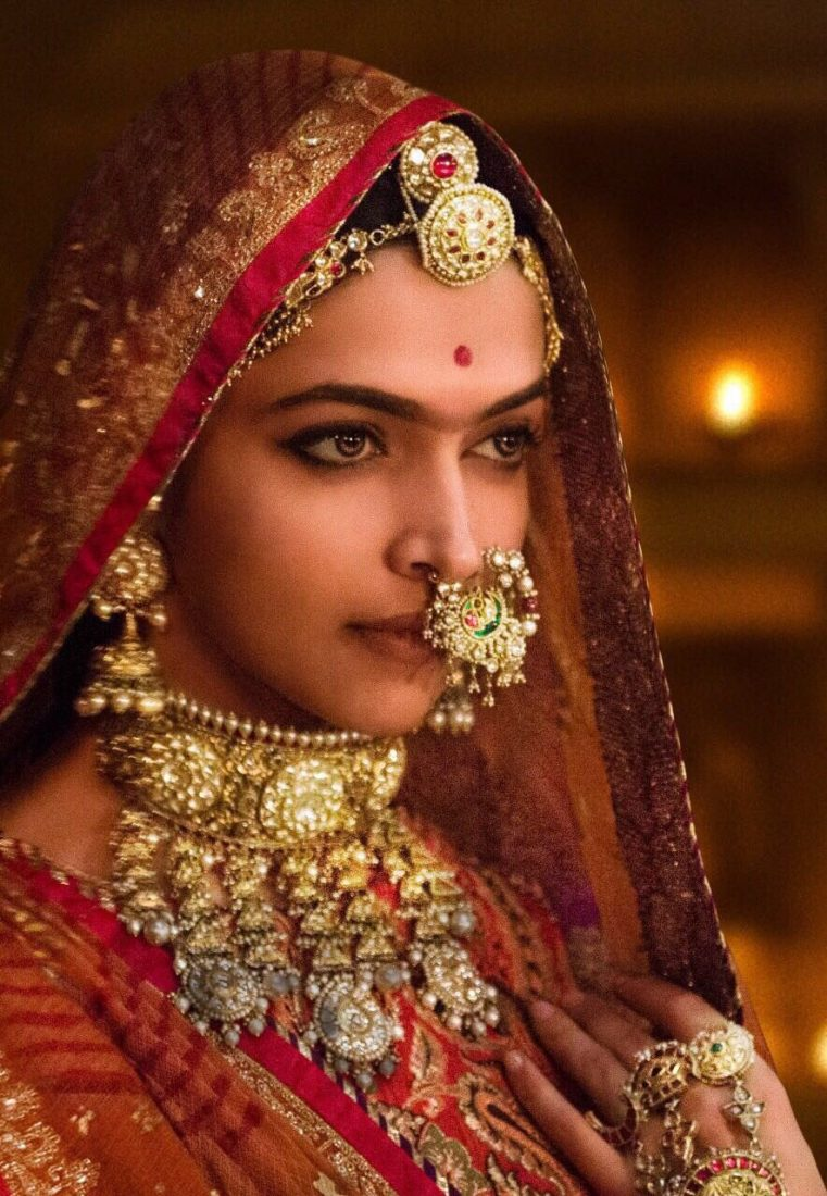 Padmavati Controversy: Mulayam Singh Yadav's daughter in law does Ghoomar