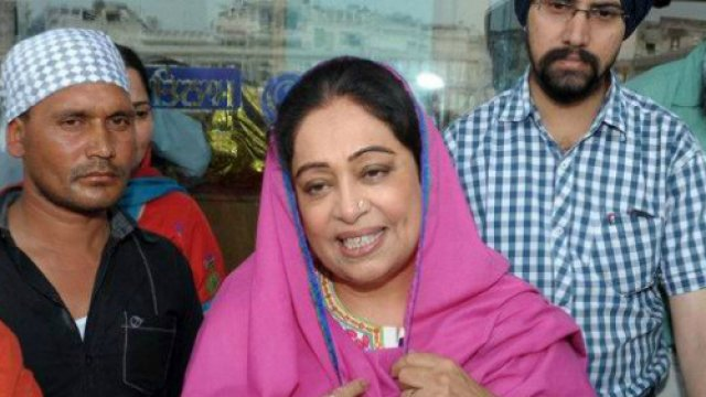 Chandigarh Gangrape: Kirron Kher suggests Girl not have to board rickshaw with 3 men