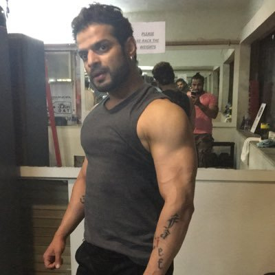 Bigg Boss 11: Karan Patel slams Hina Khan
