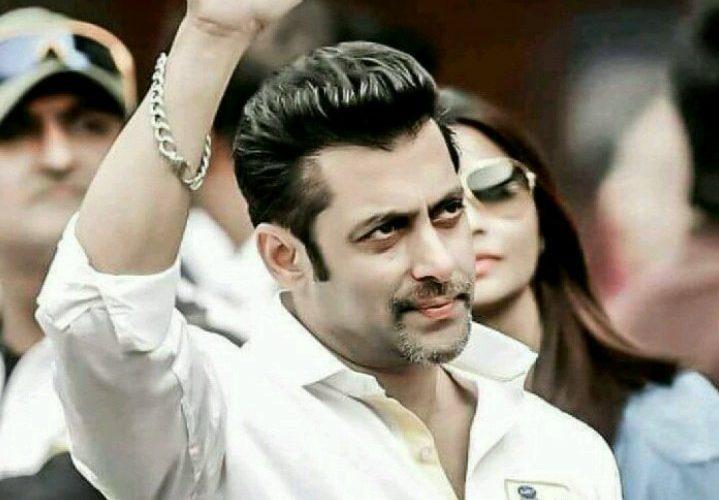 Salman unhappy with condom ad of Bipasha & Karan wants to remove from Big Boss 11