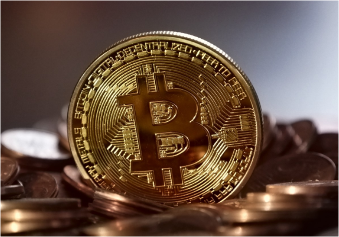 Govt. warns for investing in Bitcoin; says its similar to Ponzi Schemes