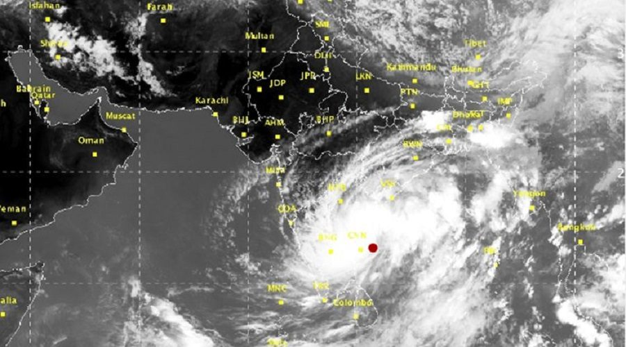 Cyclone Ockhi updates: 8 killed in Kerala and Tamil Nadu, Heavy storm heads to Lakshadweep