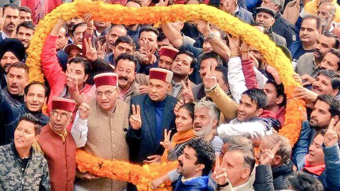 Himachal Pradesh election 2017: BJP's CM face, Prem Kumar Dhumal loses to Rajendra Rana
