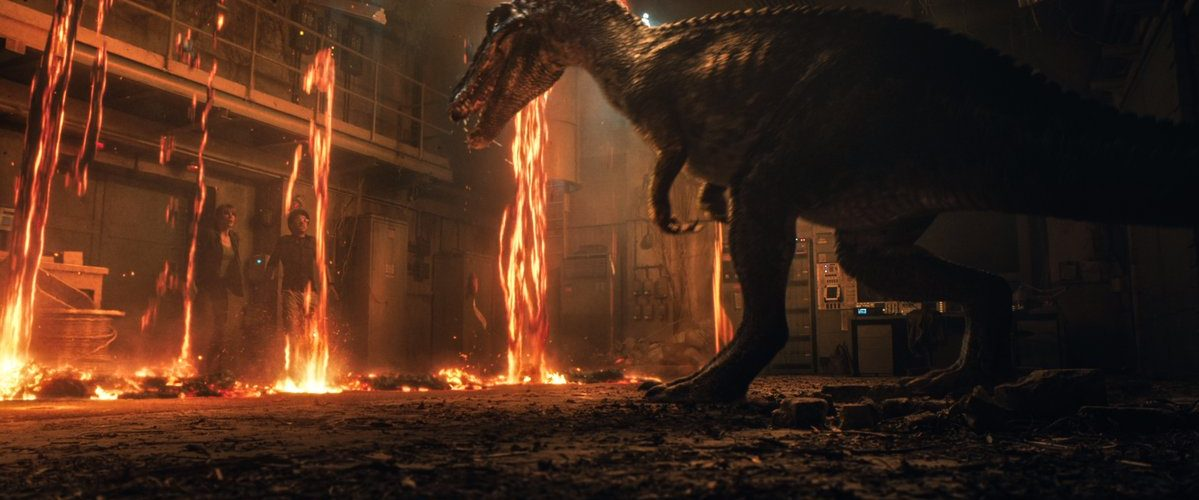 Jurassic World: The fallen kingdom trailer unleashes dinosaurs and volcanic eruptions