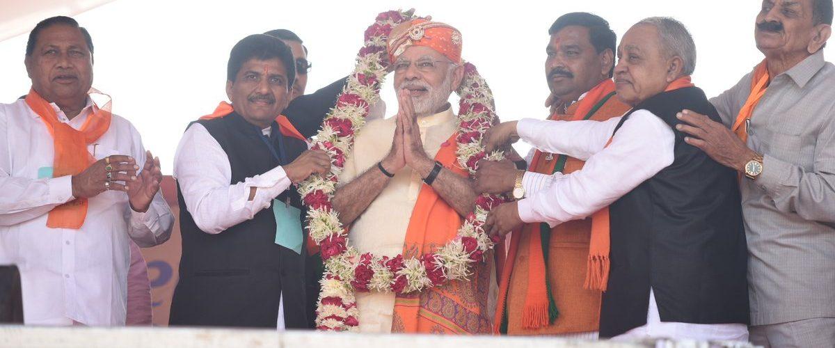 Narendra Modi attacks Salman Nizami's comments on him and Kashmir