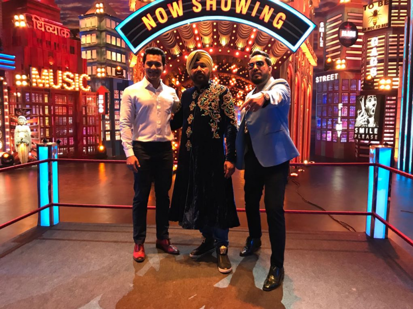 The singer brothers Mika Singh and Daler Mehndi will be seen tonight on the 'Entertainment Ki Raat'